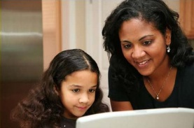 child_and_parent_computer